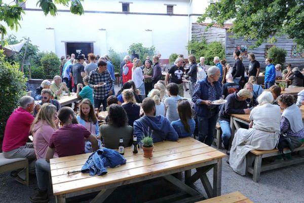 Feestelijke jubileum bijeenkomst & Barbecue – VVvA 25 jaar;